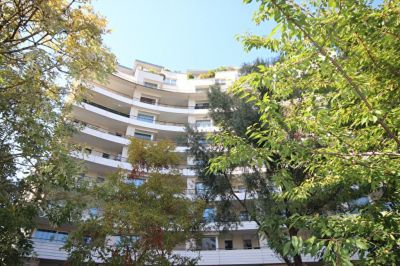 APPARTEMENT COURBEVOIE 3 PIECES 67.65 m² + BALCON 8.35m²