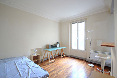 Studio COURBEVOIE - BECON