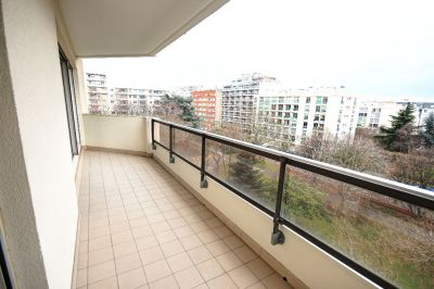COURBEVOIE  BECON APPARTEMENT  5 PIECES 106M²